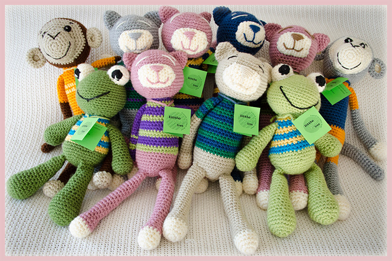 Jozi-Animals---Frogs---Cats-and-Monkeys---Hand-Knitted-Toys---NGO-Team